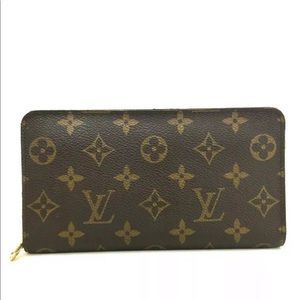 Louis Vuitton Monogram PorteMonnaie Zippy Wallet